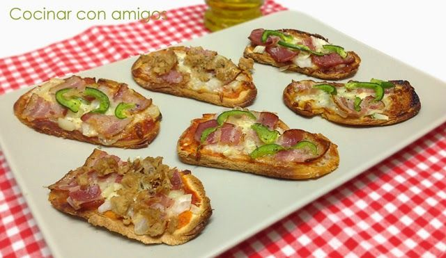 Pan pizza variadas